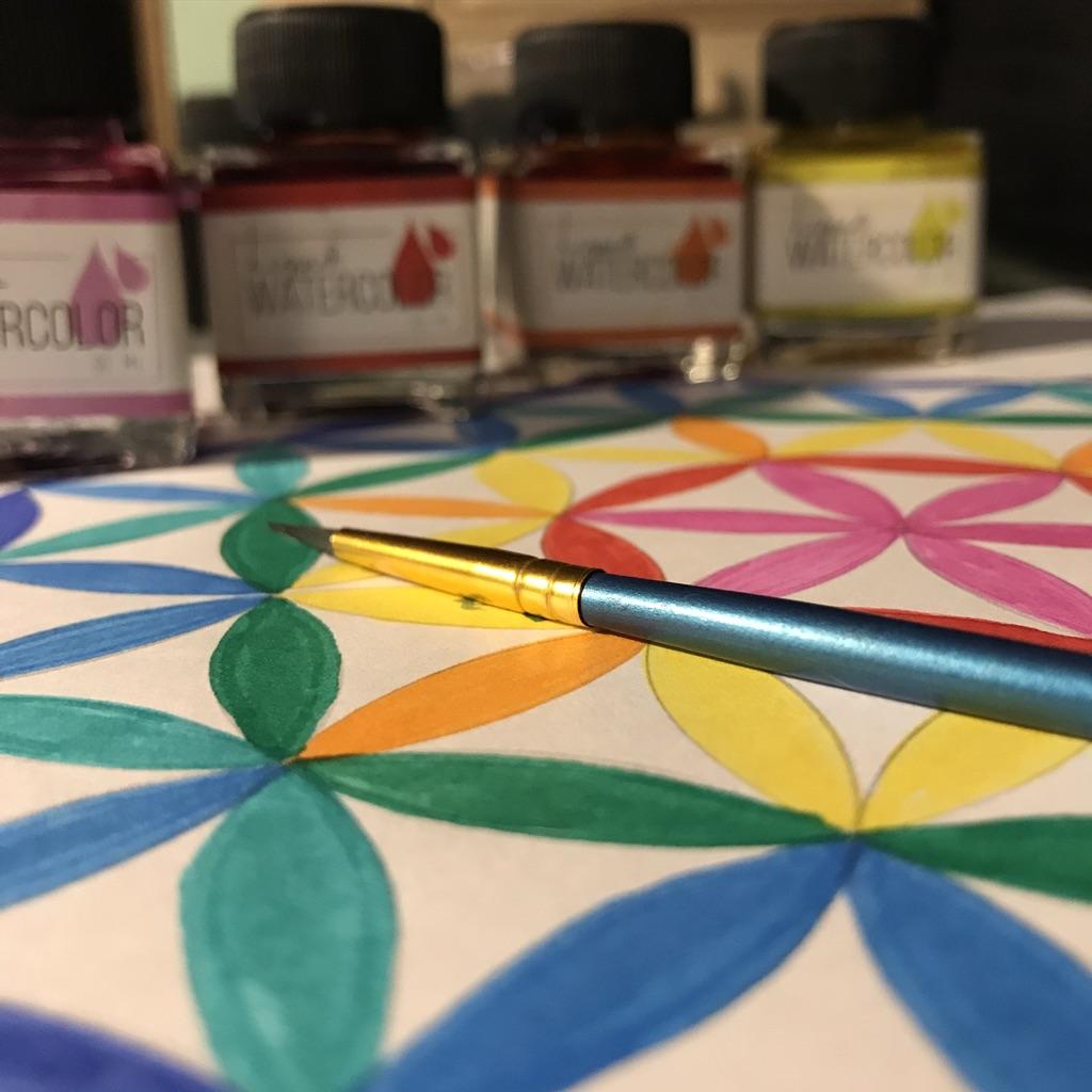 Fleur de vie et peinture - Photo de Cendrine Miesch pour le blog de LaPtiteAlsacienne