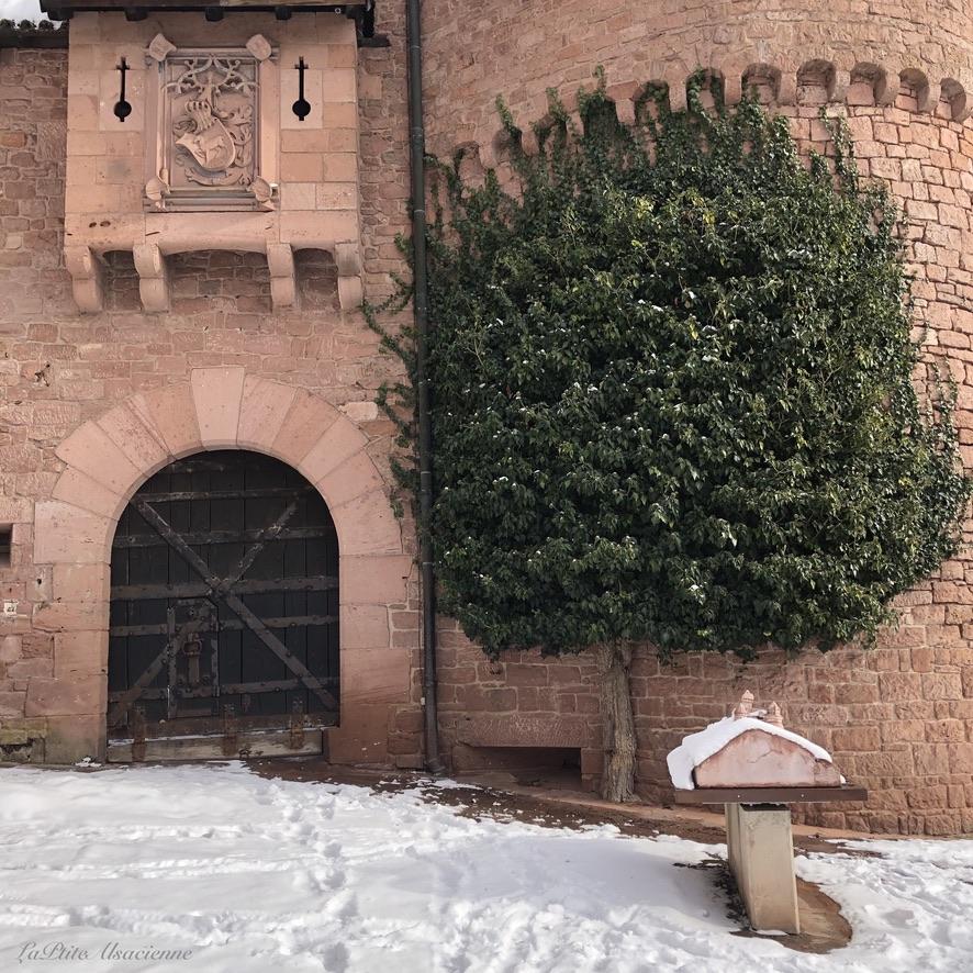 L'entrée du Château du Haut-Koenigsbourg sous la neige - Photo by Cendrine Miesch LaPtiteAlsacienne