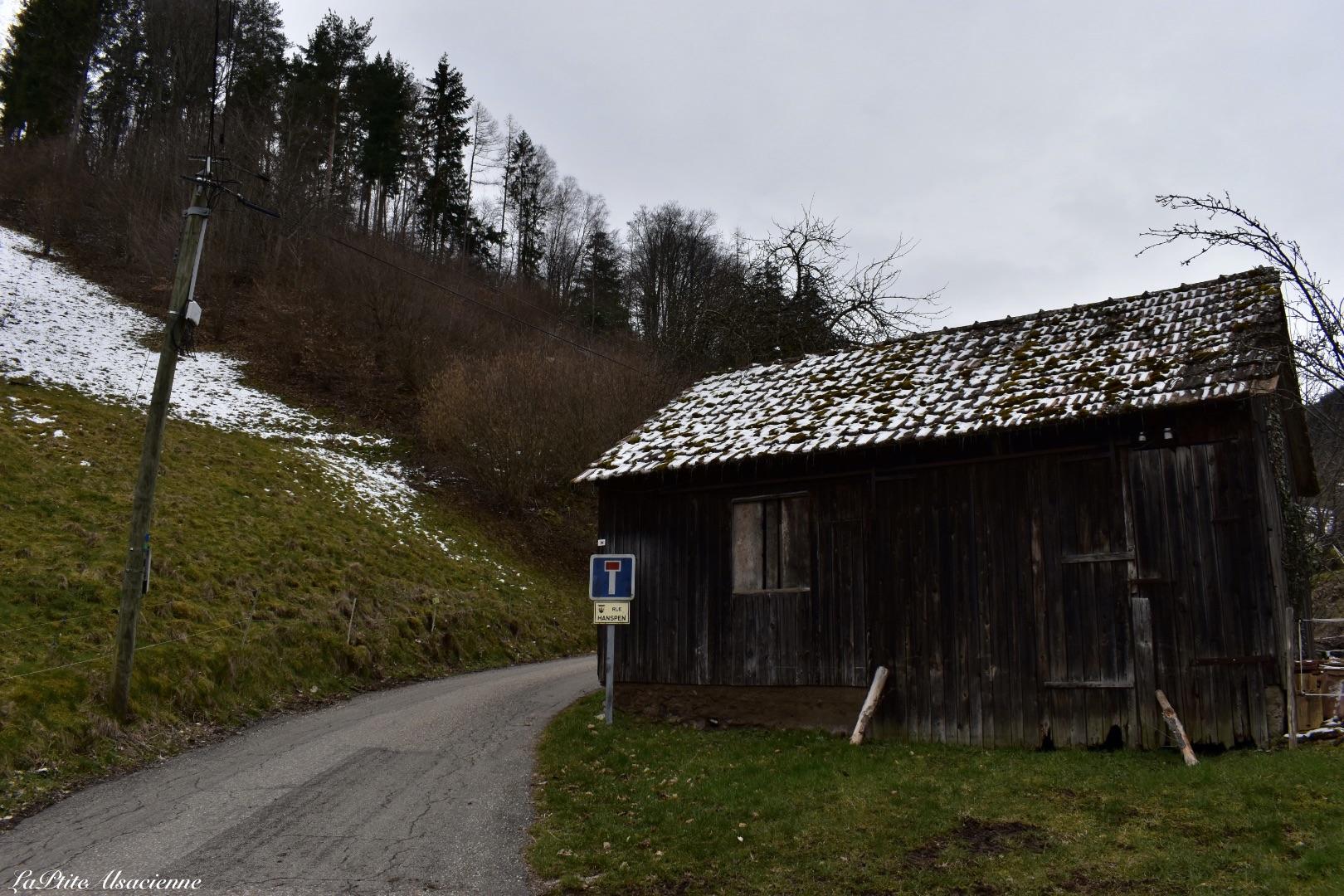 Au bout du village de Wasserbourg, ou presque, avant d'arriver en forêt