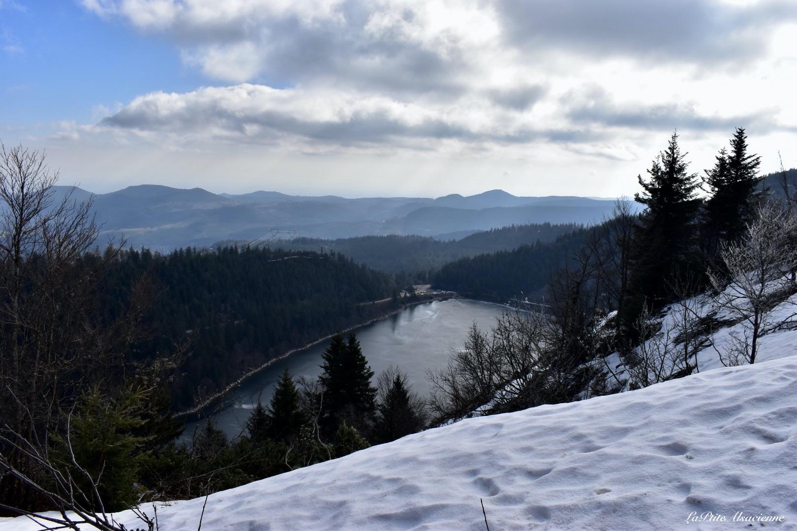 Lac Blanc depuis le bord des Crêtes - accessible depuis le Sentier Freppel