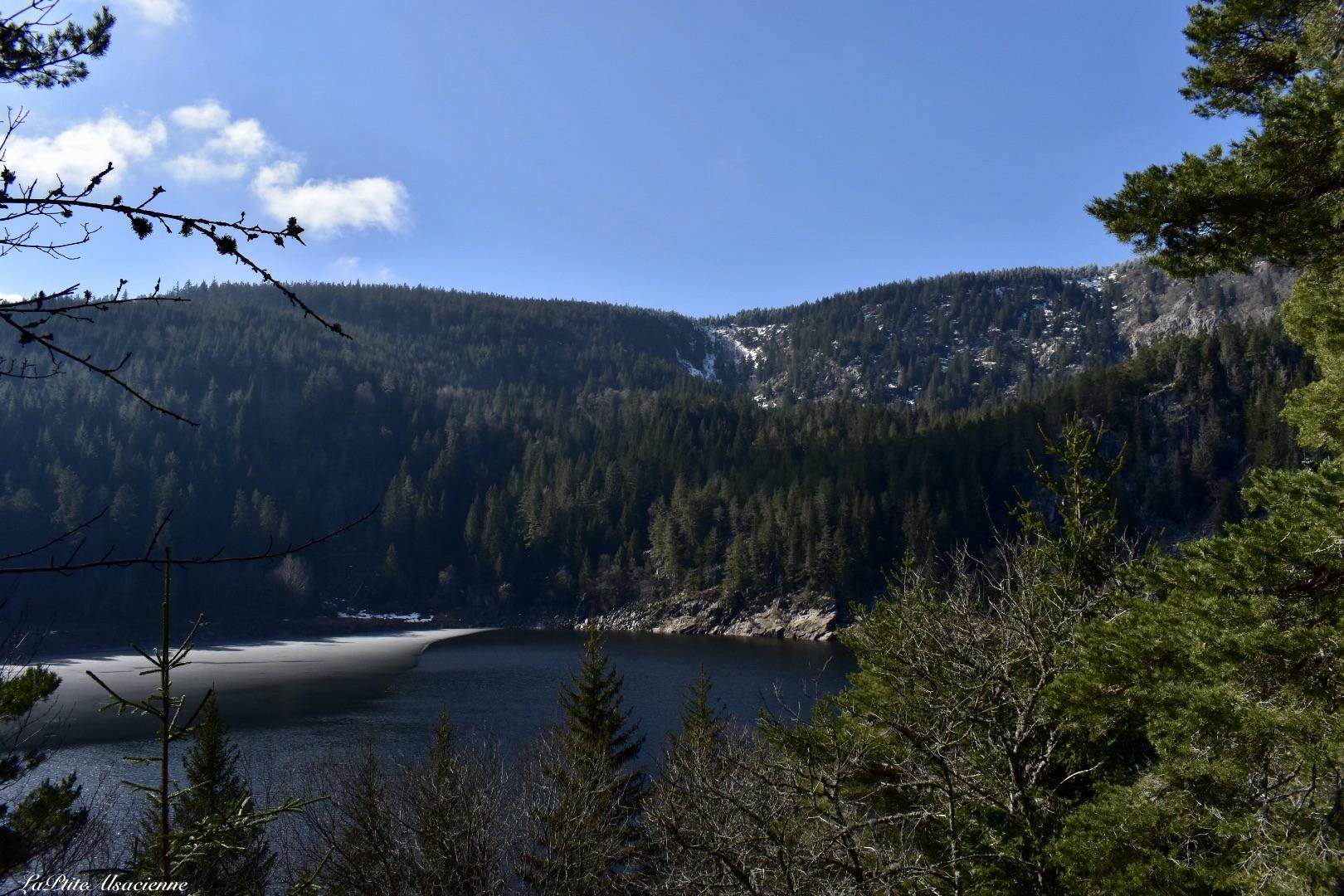 Arrivée sur le Lac Noir depuis le sentier de l'observatoire Belmont