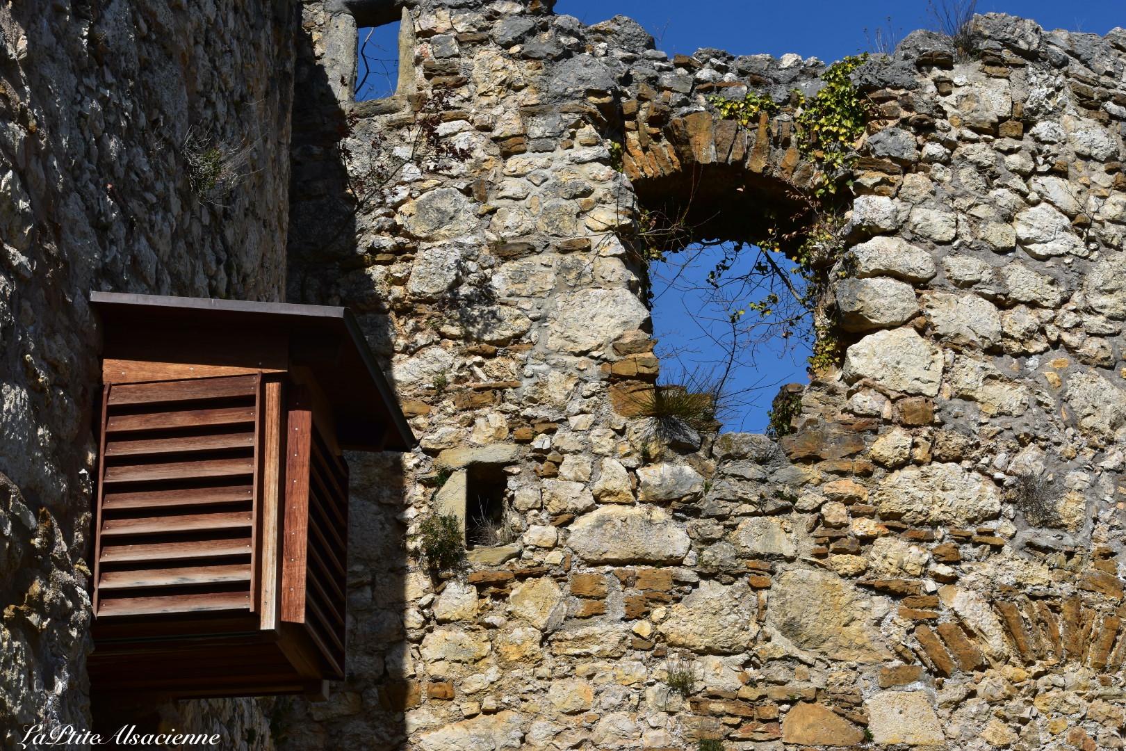 Les latrines rénovées du Château de Landskron à Leymen en Alsace