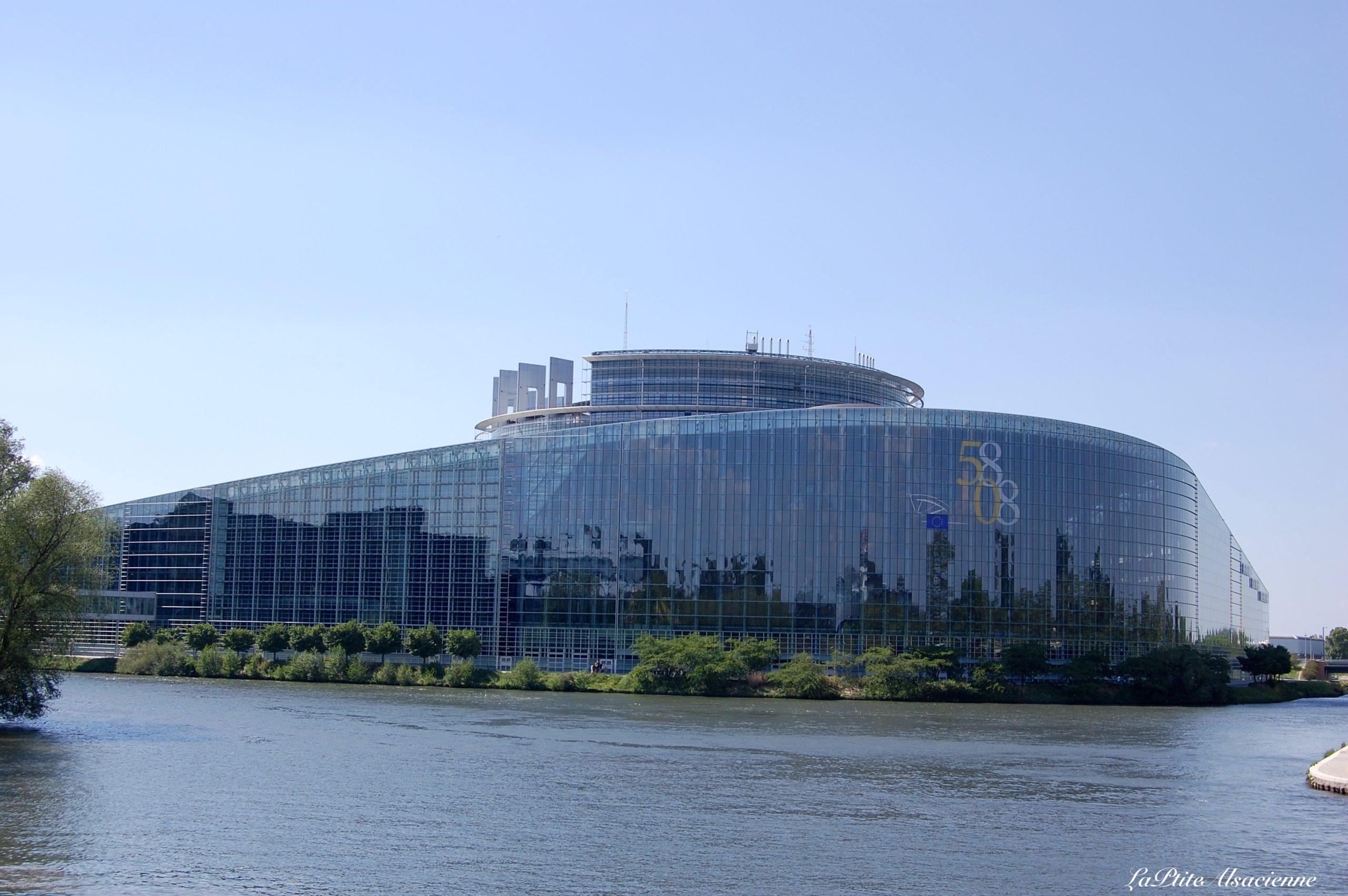 Le Parlement Européen à Strasbourg (photo de 2008) - Photo de Cendrine Miesch