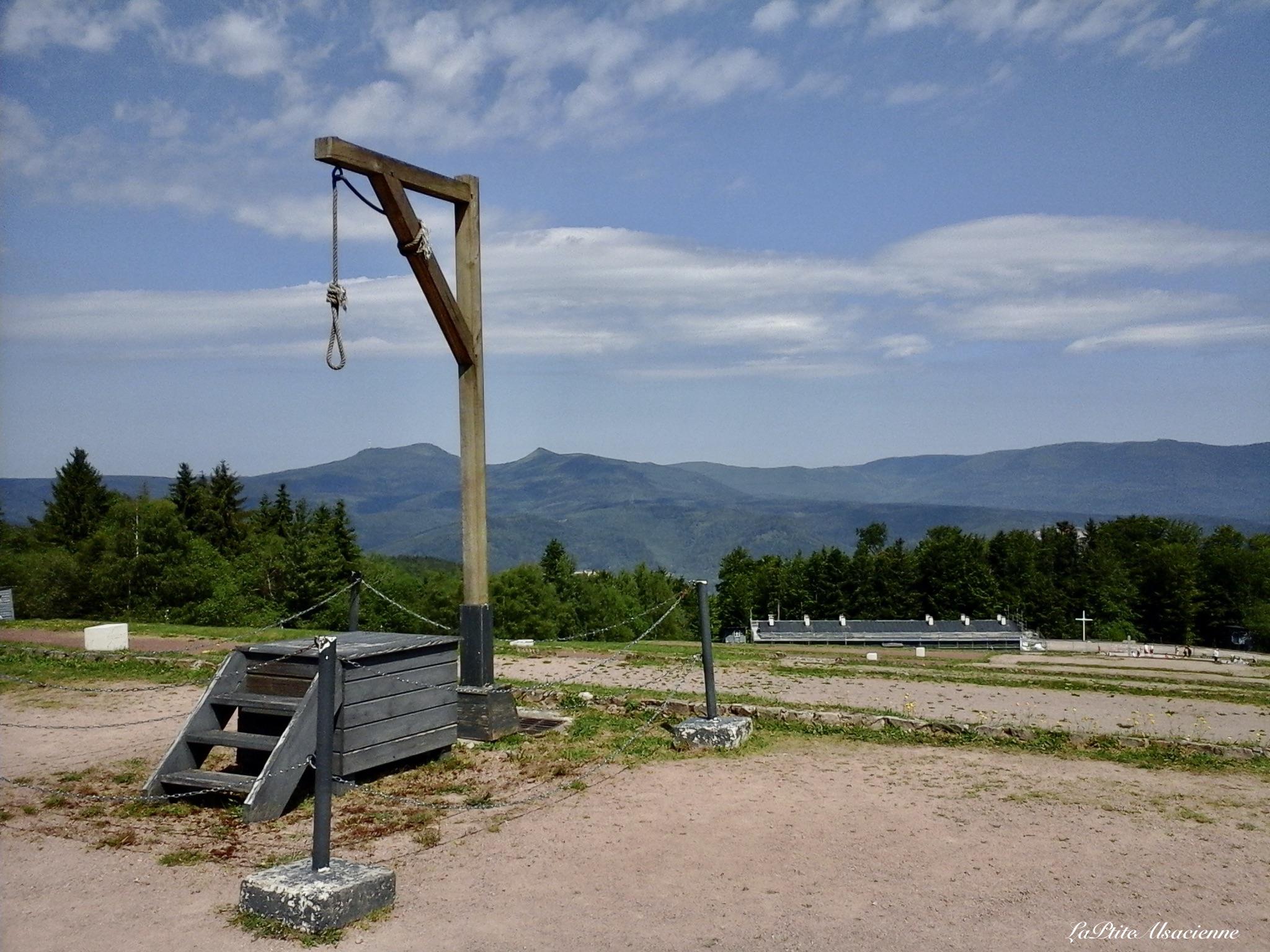 La potence du Struthof - Photo de Cendrine Miesch