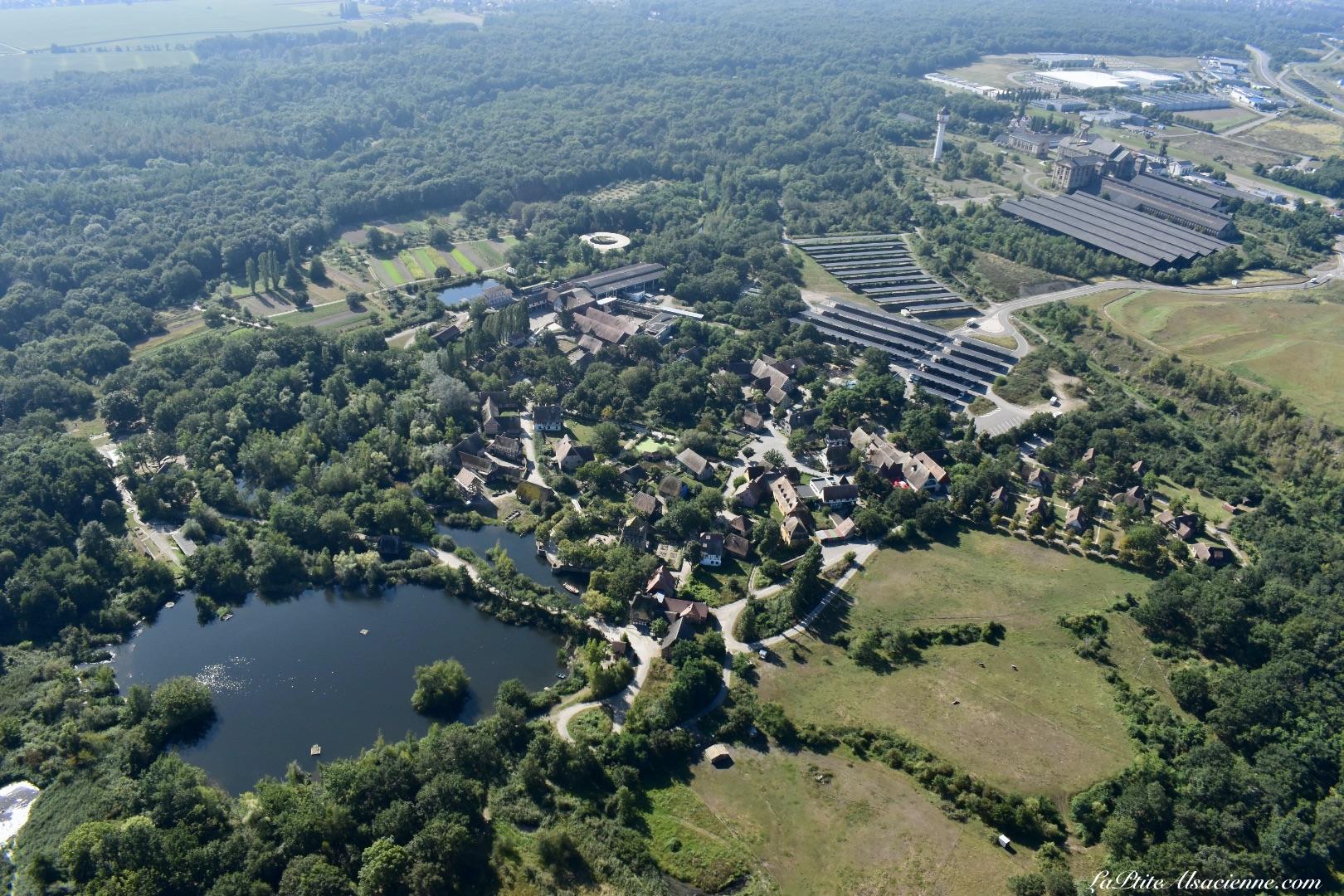 l'Ecomusée d'Alsace à Ungersheim vu du ciel par Cendrine Miesch dite LaPtiteAlsacienne